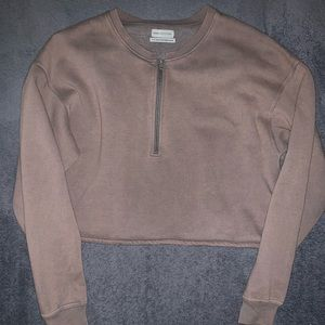 Urban Outfitter Cropped Sweatshirt